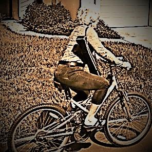 BackyardArt Allison on Bike Logo 7-17-17